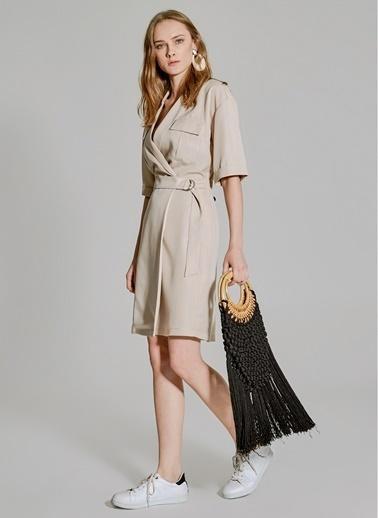 People By Fabrika Cep Detaylı Tencel Elbise Bej